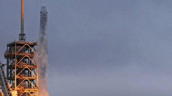 A cápsula Spacex Dragon no dia em que foi lançada