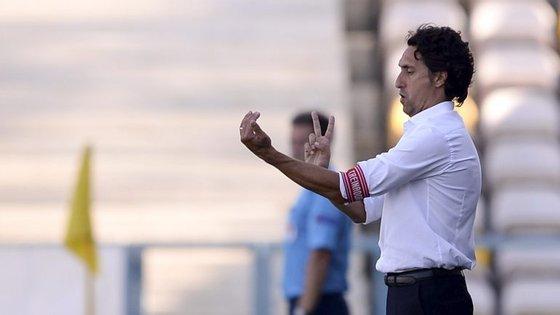 João de Deus é o terceiro treinador que passou pelo clube insular esta época