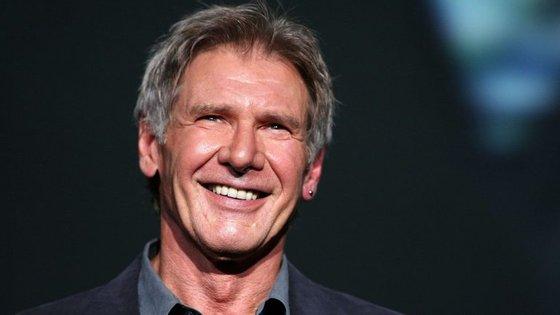 O ator norte-americano admitiu que se distraiu por causa de dois jatos que se encontravam na pista de aterragem do aeroporto