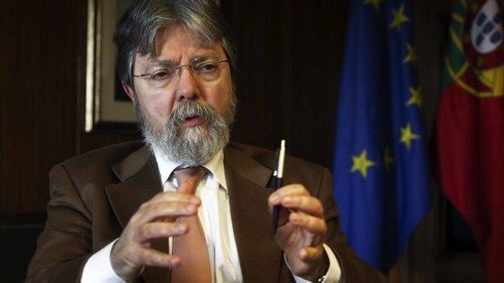 Francisco George insiste que vacinação tem 95% de eficácia