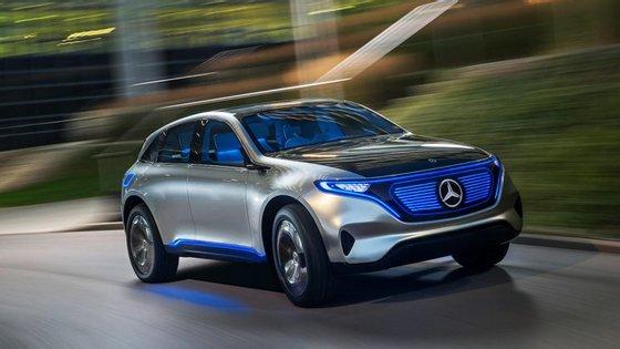 É esperado para 2019 o lançamento de um SUV eléctrico com base no protótipo Generation EQ, apresentado no último Salão Automóvel de Paris