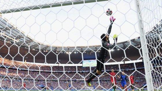 Só Portugal-França envolveu mais apostas no Placard. E esta defesa de Patrício movimentou muita coisa...