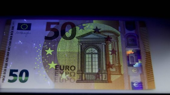 A nova nota de 50 euros tem medidas de proteção mais apuradas que a tornam quase impossível de falsificar