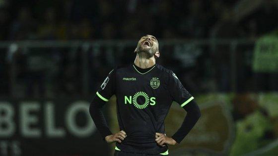 Melhor marcador do campeonato, Bas Dost, que marcou seis golos em três jogos em março