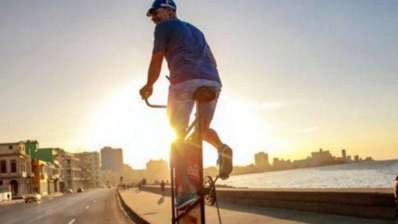 Ramón quer entrar no Guinness e construir uma bicicleta de 10 metros de altura