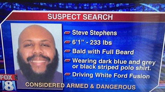 Steve Stephens terá chegado a falar com as autoridades após a filmagem mas continua em paradeiro desconhecido