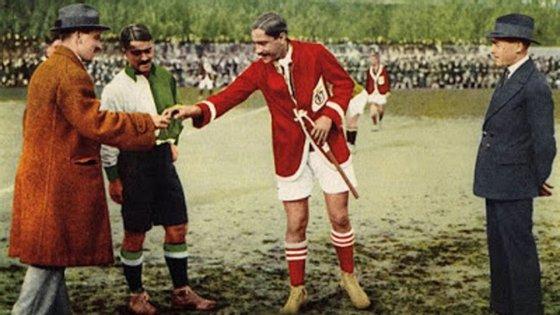 Francisco Stromp (Sporting) e Cosme Damião (Benfica) foram os dois primeiros símbolos do dérbi lisboeta