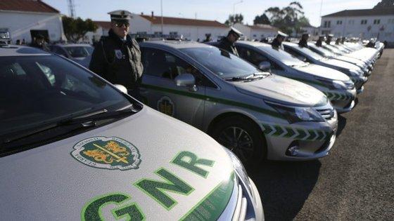 Esta operação contou com a colaboração de dois peritos da Polícia Judiciária na identificação dos componentes.