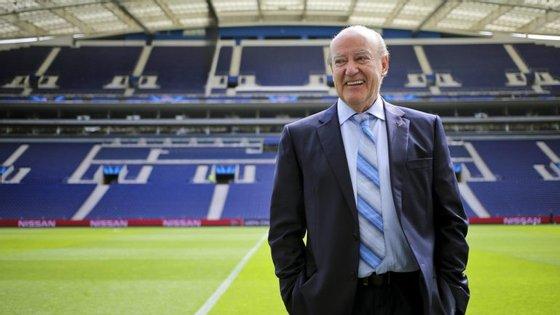 Pinto da Costa voltou a ter razões para sorrir: após um jejum de quatro épocas, ganhou o Campeonato e agora a Supertaça