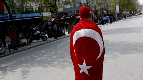 Gülen é acusado por Ancara de ser responsável pela tentativa de golpe de Estado de julho passado