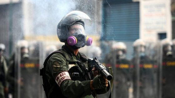 A oposição de Maduro exige a convocação de eleições gerais, a libertação dos presos políticos e o fim da repressão