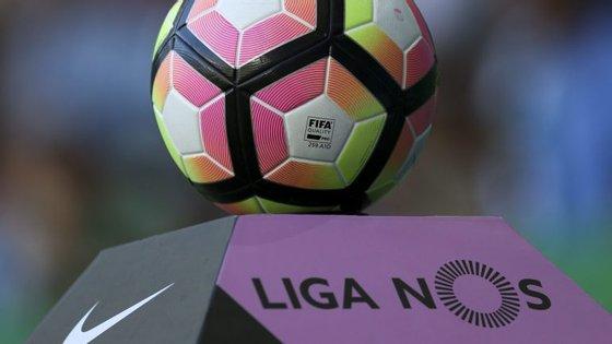 """""""Queremos claramente que os árbitros errem cada vez menos"""", afirmou Fernando Gomes, presidente da FPF"""