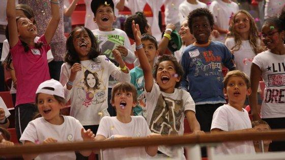 """O Benfica promove o projeto de inclusão escolar """"Benfica faz o bem"""""""