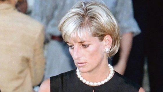 A morte da princesa Diana já tinha sido alvo de três investigações oficiais, uma francesa e duas britânicas