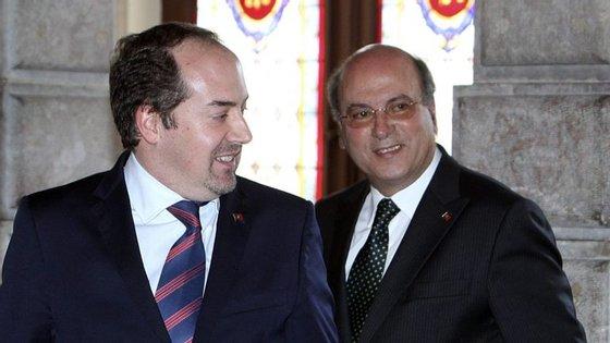 Álvaro Santos Pereira, ex-ministro da Economia (à esquerda), e Henrique Gomes, ex-secretário de Estado da Energia