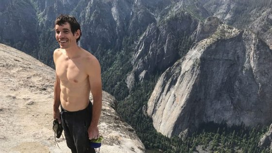 Todos os guias dizem que a escalada leva quatro dias, mas Alex conseguiu fazê-la em menos de quatro horas