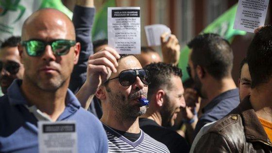 O presidente falava na sequência da condenação da semana passada de um recluso que agrediu em 2014 um guarda do Estabelecimento Prisional de Ponta Delgada, nos Açores