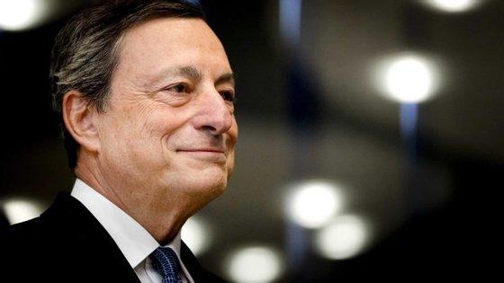Mario Draghi está mais confiante na aceleração do ritmo de crescimento da zona euro