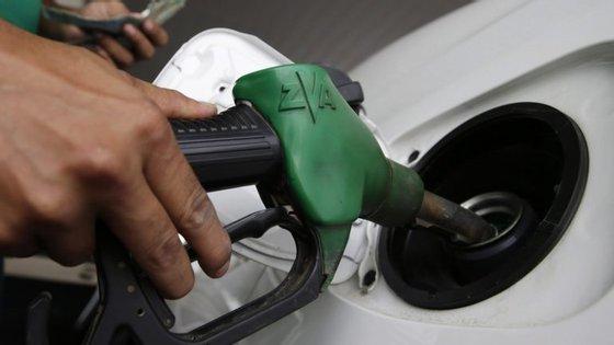 Com o atual preço, o crude da OPEP encontra-se apenas um dólar acima do nível que tinha em 30 de novembro