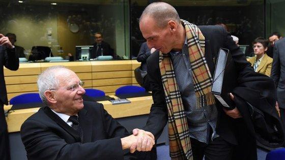 """""""Os únicos ministros que apoiaram [Schäuble] foram Maria Luís Albuquerque e o meu vizinho do lado, Luis de Guindos"""""""