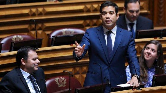 Depois das explicações de Rocha Andrade, Leitão Amaro reiterou as acusações de ilegalidade