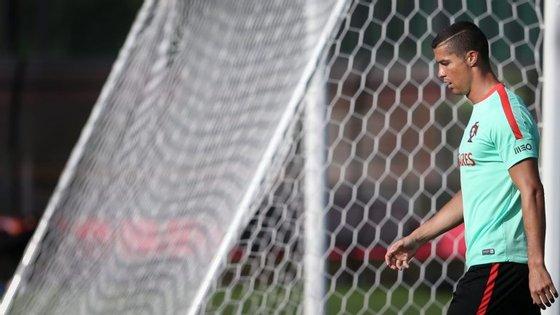 O futebolista português é acusado de quatro delitos contra os cofres do Estado, cometidos entre 2011 e 2014, que contabilizam uma fraude tributária de 14.768.897 euros