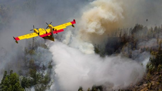 62 pessoas morreram no incêndio no concelho de Pedrógão Grande - o número pode ainda aumentar, diz António Costa
