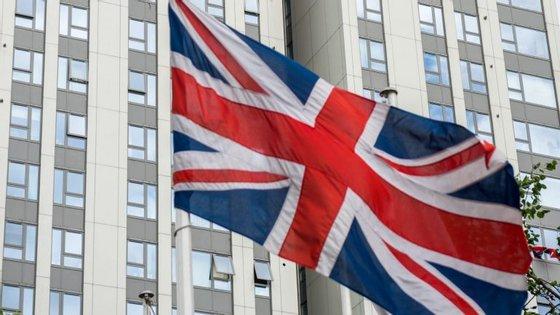 Cerca de 600 blocos de propriedade pública estão a ser inspecionados no Reino Unido