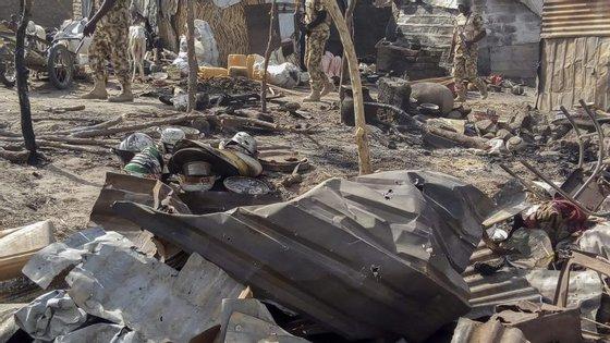 O lago Chade é palco há vários anos de ataques do grupo extremista Boko Haram