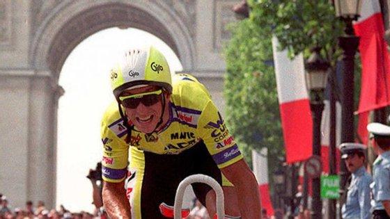Lemond chega a Paris vestido de amarelo, uma alegria vivida em três partes (1986, 1989 e 1990)
