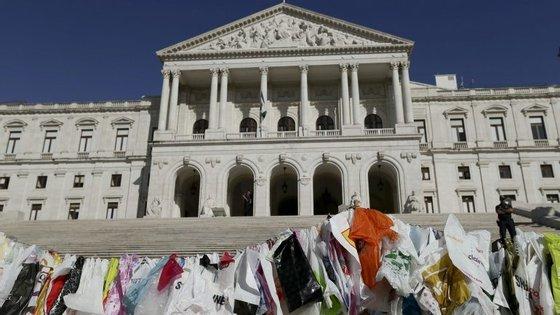 A proposta da associação liderada por Francisco Ferreira marca o Dia Internacional Sem Sacos de Plástico