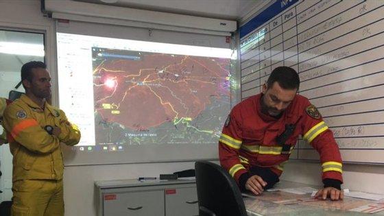 O funcionamento das redes de comunicação de emergência no incêndio de Pedrógão Grande lançou o foco sobre o SIRESP