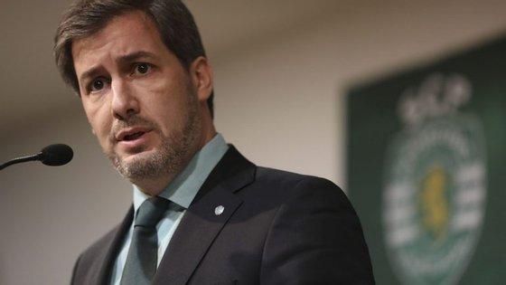 Opresidentefalou ainda acerca dos agentes defutebol,nomeadamente,queosclubesdeveriamrepensaras comissões quelhespagam