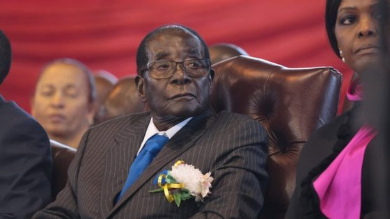 Mugabe, no poder desde 1980, tinha previsto fazer uma intervenção num comício na próxima sexta-feira, evento que acabou por ser cancelado
