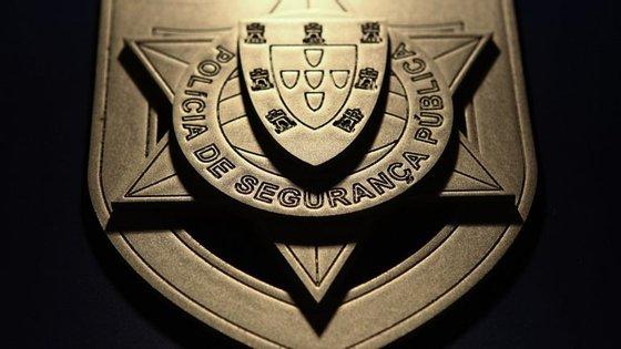 O esclarecimento da direção nacional da PSP surge após o Ministério Público ter acusado 18 agentes de por vários crimes