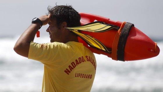 Agressões terão acontecido após uma indicação do nadador-salvador da paria de Mourão