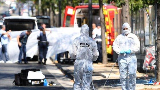O incidente aconteceu durante a manhã desta segunda-feira na zona portuária de Marselha. As autoridades estão ainda no local