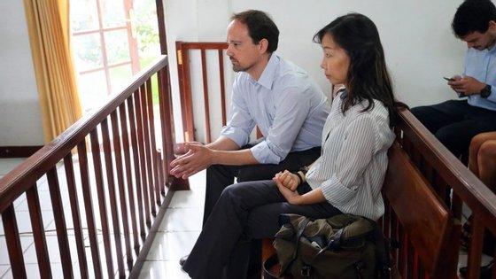 O Ministério Público tinha pedido uma pena de prisão de oito anos pelos crimes e a defesa tinha pedido a absolvição