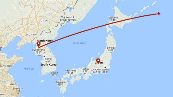 O míssil foi lançado às 5h58 e caiu no mar às 6h12