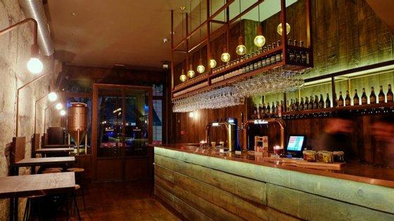 O Bierhaus tem perto de 50 lugares sentados e está aberto todos os dias.