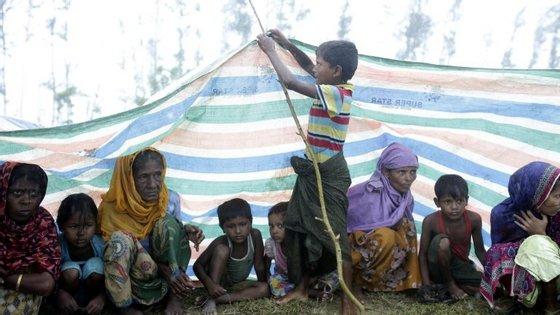 379 mil rohingya já saíram de Myanmar