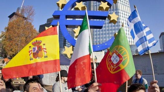 Os juros portugueses estão alinhados com os de Itália, Espanha e Irlanda