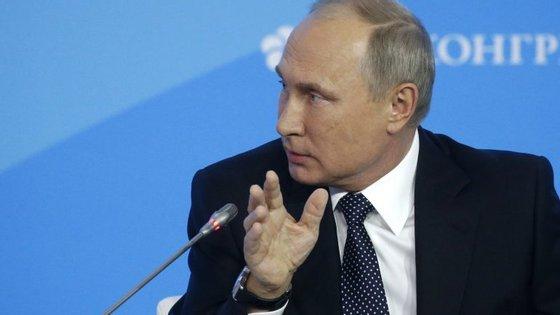 O protesto ocorreu em São Petersburgo, cidade natal de Vladimir Putin