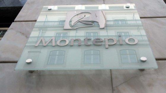 A Montepio Geral Associação Mutualista detém 99,73% do capital do banco