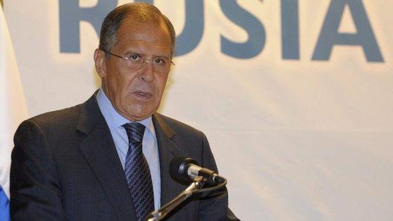 """Serguei Lavrov considerou """"inaceitável uma escalada da tensão na península coreana"""""""
