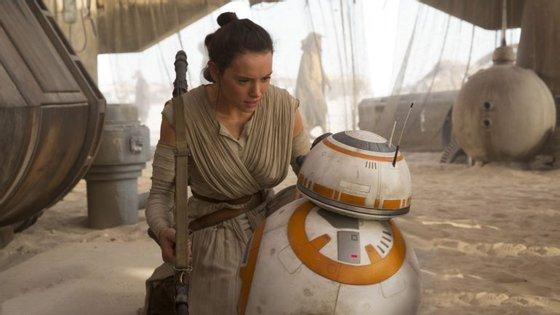 A última vez que vimos Rey ela estava do lado do bons. E agora?