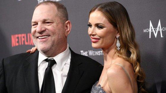 Georgina Chapman, de 41 anos, e Harvey Weinstein, de65, estão casados desde2007 etêm dois filhospequenos
