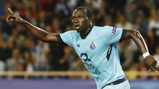 Vincent Aboubakar tem 25 anos e é o melhor marcador do FC Porto