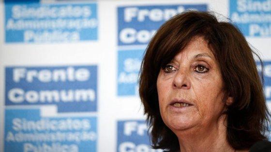 """Para a líder, Ana Avoila, a nova versão da proposta do Governo """"mantém o faseamento"""" das progressões na carreira"""