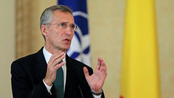 """""""Ninguém quer uma solução militar"""", garantiu Jens Stoltenberg"""